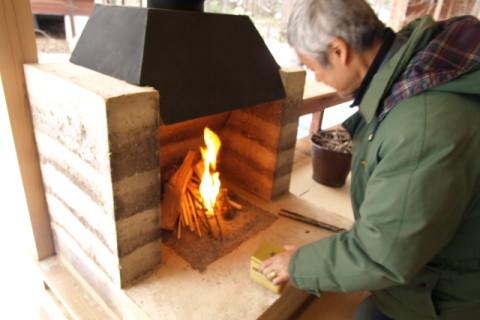 版築暖炉完成・火入れ式